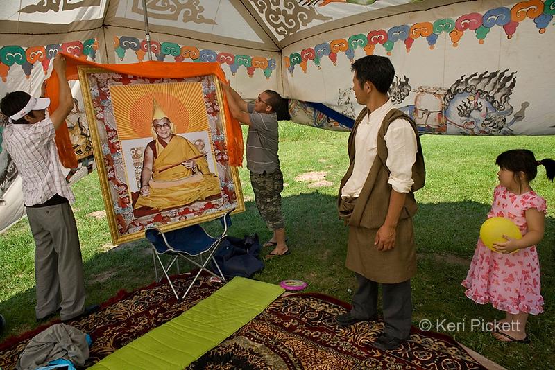 Tibetan Tree, The Tibetan Diaspora in America's Heartland