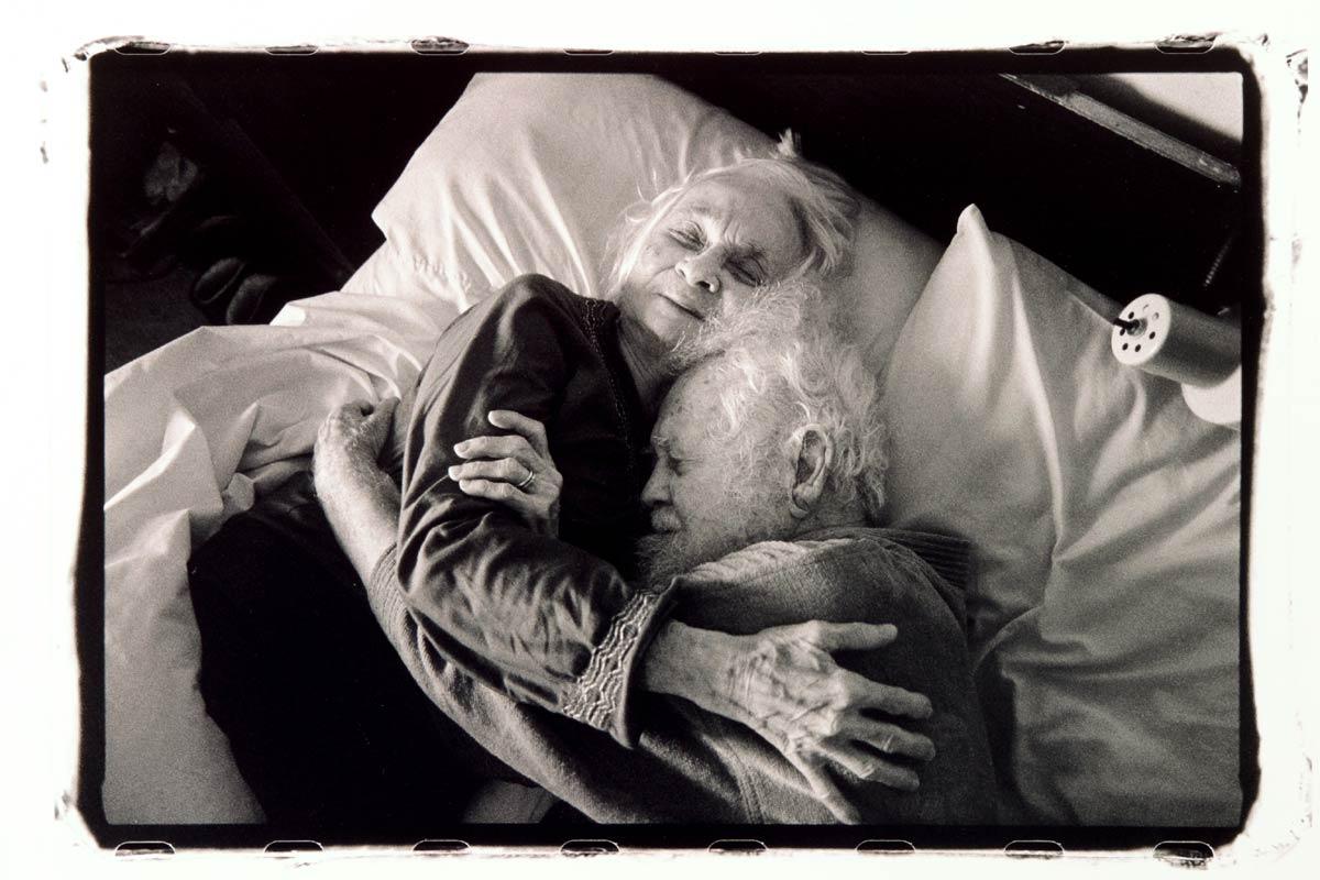 hug_in_bed_morning